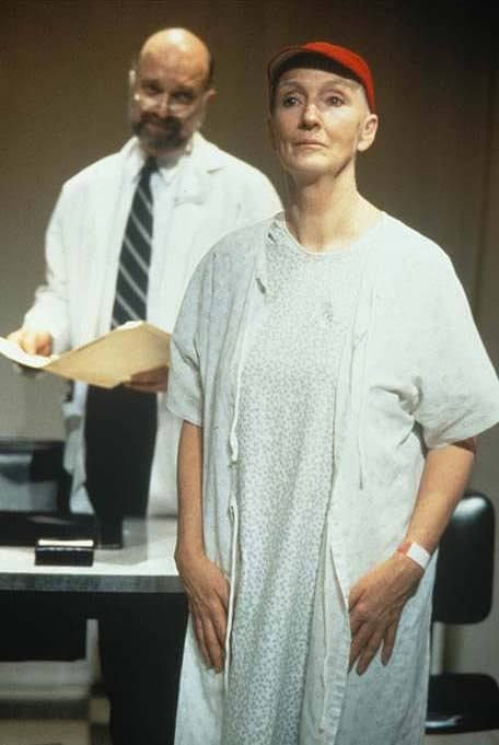 Kathleen Chalfant starring in Margaret Edson's Wit