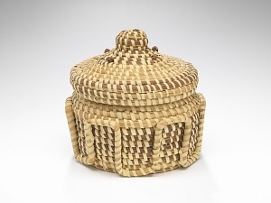 Image for Coiled sweetgrass basket sewn by Sue Middleton
