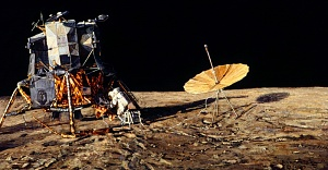 <em>Home Sweet Home</em> by Alan Bean