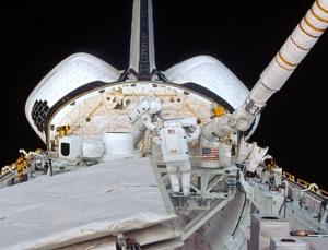 Astronauts Sullivan and Leestma at Work