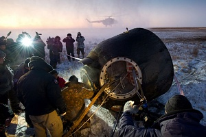 Expedition 29 Landing