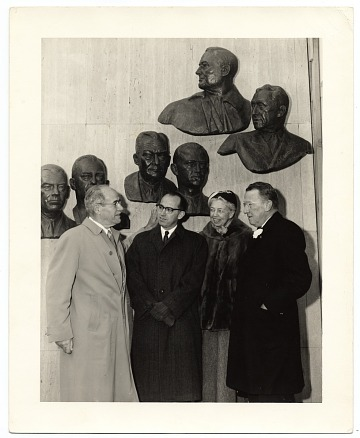 thumbnail image for Edmond Amateis with Eleanor Roosevelt at the Polio Wall of Fame
