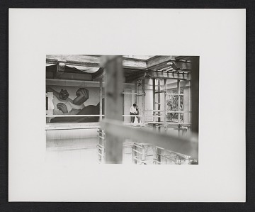 thumbnail image for Photograph of Frida Kahlo and Diego Rivera in the interior court of the Detroit Institute of Arts