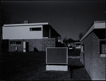 thumbnail image for Exterior photograph of Members' Housing at the Institute for Advanced Study at Princeton University, Princeton, New Jersey