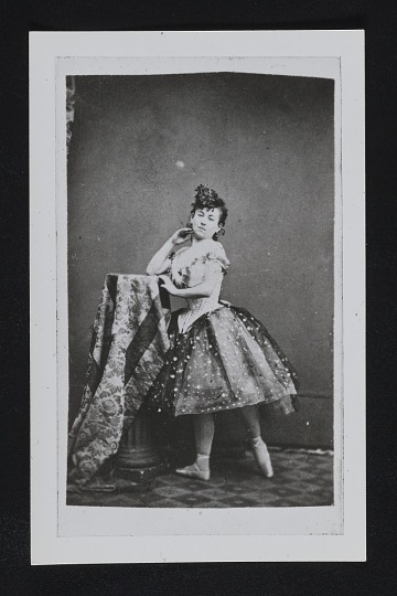 "thumbnail image for Reproduction of a photo of ballet dancer ""De Rosa"""