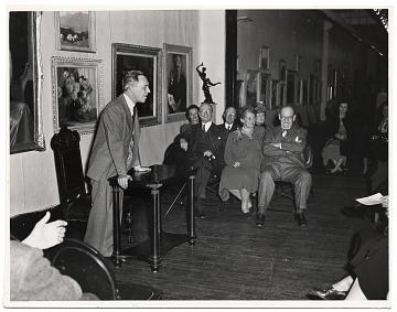 thumbnail image for Speaker at the National Arts Club celebration for Frank DuMond