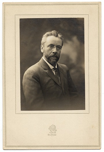 thumbnail image for Louis M. Eilshemius letters and photograph, ca. 1892-1931