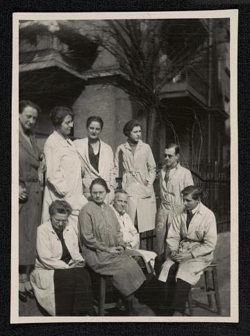 thumbnail image for Hans Hofmann's Munich class