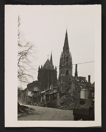 thumbnail image for St. Foillan Church after bombing, Aachen, Germany