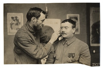 thumbnail image for WWI soldier facial reconstruction documentation photograph