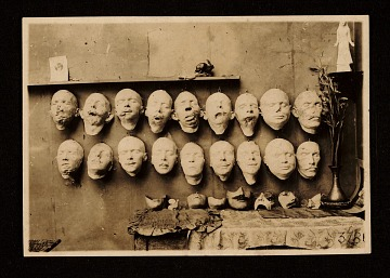 thumbnail image for WWI soldier facial reconstruction casts and masks