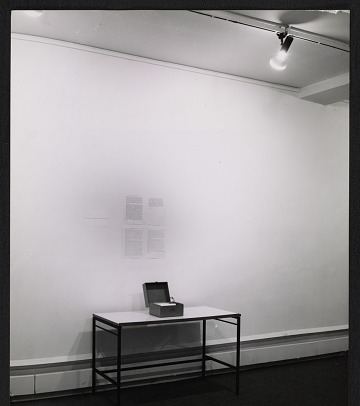 thumbnail image for Installation view of Robert Barry's exhibition at Galerie Yvon Lambert