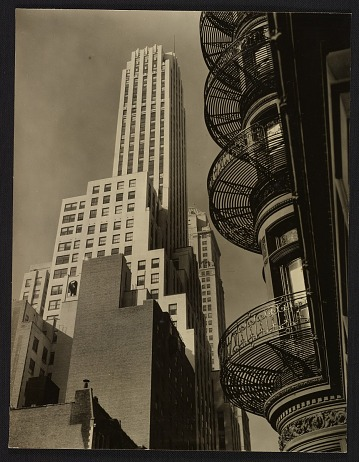 thumbnail image for Murray Hill Hotel from Park Avenue and 40th Street