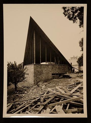 thumbnail image for Felix Candela's Capilla de Nuestra Senora de la Soledad ('El Altillo'). Exterior view