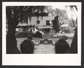 thumbnail image for Dodge House during demolition