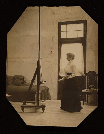 thumbnail image for Violet Oakley at work