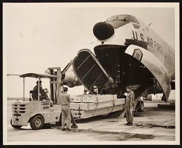 thumbnail image for United States Air Force unloading of art from a plane