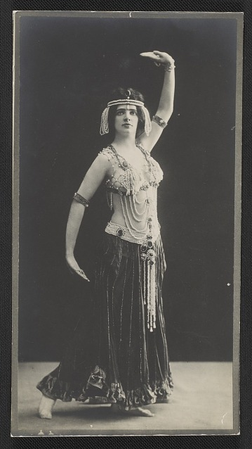thumbnail image for Maud Allan as Salomé