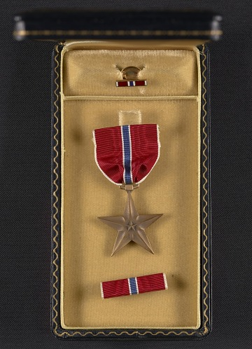 thumbnail image for George Leslie Stout's Bronze Star medal and case