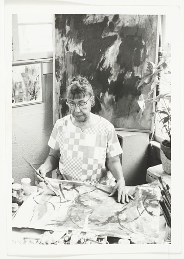 thumbnail image for Alma Thomas working in her studio