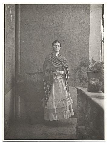 thumbnail image for Frida Kahlo