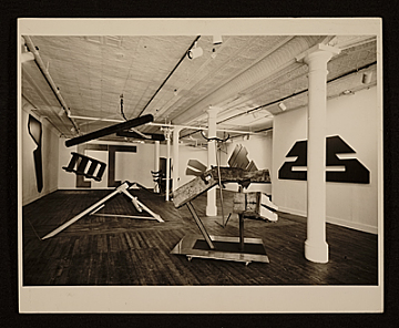thumbnail image for Installation of Mark di Suvero and David Novros at the Park Place Gallery