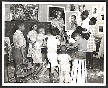 thumbnail image for Children at a free Federal Art Project art class