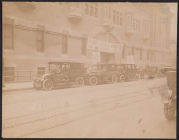thumbnail image for Exterior of the 69th Regiment Armory during the Armory Show (<em>International Exhibition of Modern Art</em>)