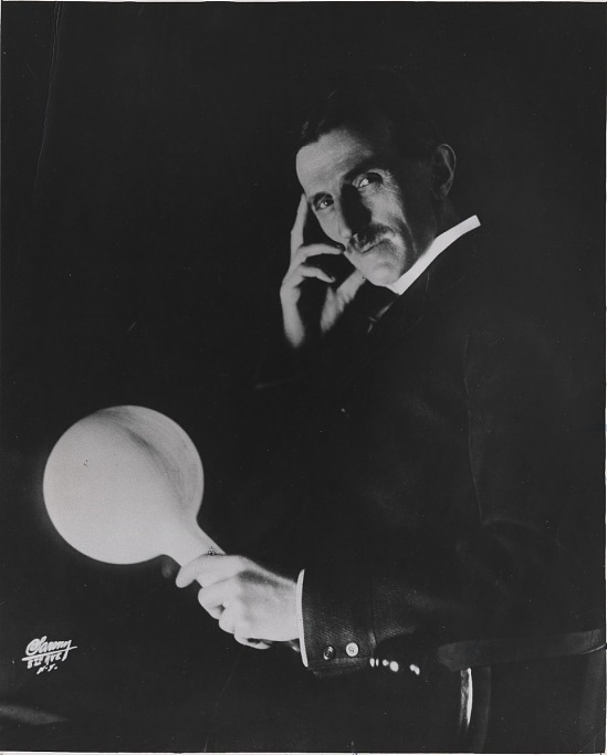 image for Tesla with wireless light