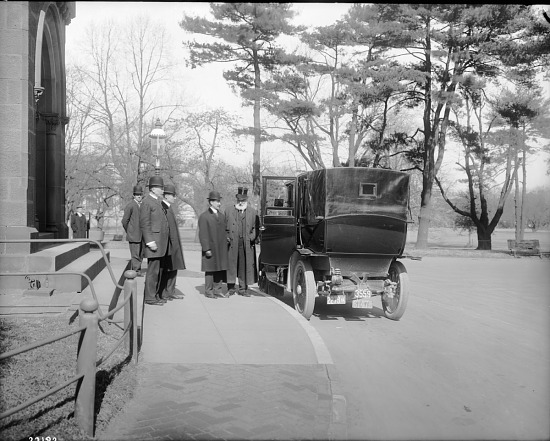 image for Wright Brothers Outside Smithsonian Institution Building
