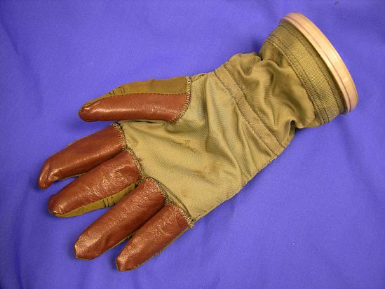 image for Glove, Right, Pressure Suit, Mark II, Model 'R', USN