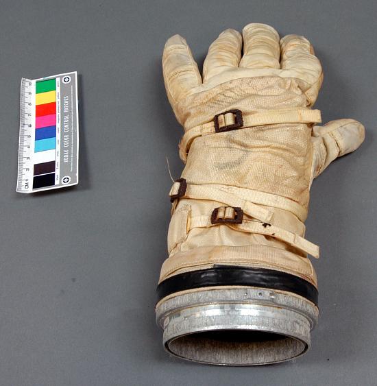 image for Glove, Left, G4-C, Extravehicular, Gemini IV, McDivitt, Flown