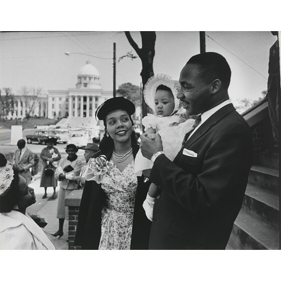 image for Martin Luther King, Jr., wife Coretta Scott King, and their daughter Yolanda