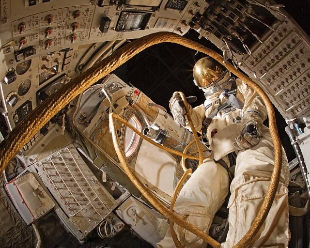 Gemini IV Interior