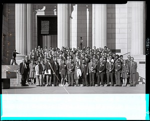 Group Portrait of the Meeting Participants of the 1971 Society of Vertebrate Paleontology