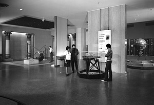 Physical Science Hall, NMHT, 1972, Smithsonian Institution Archives, SIA Acc. 11-009 [72-5116].