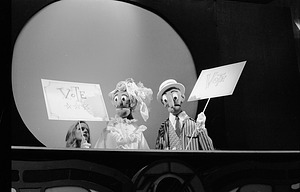 Puppet Theater, 1972, Smithsonian Institution Archives, SIA Acc. 11-009 [72-8377-22A].