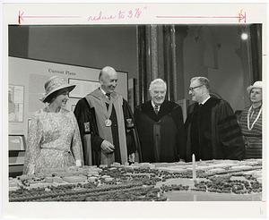 Visit of Queen Elizabeth II to the Smithsonian Institution