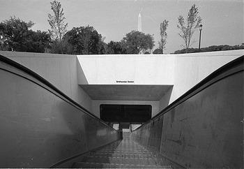 Smithsonian Metro Station