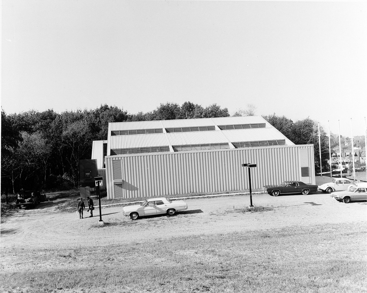 ANM Exhibits Center, by Unknown, 1975, Smithsonian Archives - History Div, 92-1788.