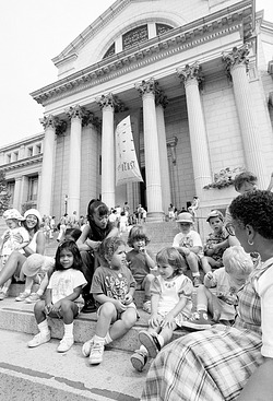 SEEC Children on a Field Trip, by Long, Eric, 1994, Smithsonian Archives - History Div, 94-8752-16.