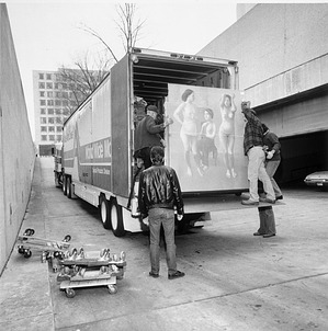 Unloading Part of Hirshhorn Bequest, by Unknown, 1986, Smithsonian Archives - History Div, 97-9609.