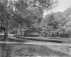 Smithsonian Park, 1900, by Unknown, 1900, Smithsonian Archives - History Div, 17051 or MAH-17051.