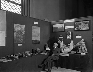 Geology & Paleontology Exhibits, Conference on the Future of SI