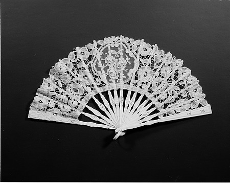 Sarah Polk's Lace Fan, by Unknown, 1977, Smithsonian Archives - History Div, MAH 70919.
