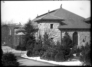 Monkey House, 1908, Smithsonian Institution Archives, SIA Acc. 14-167 [NZP-0186].