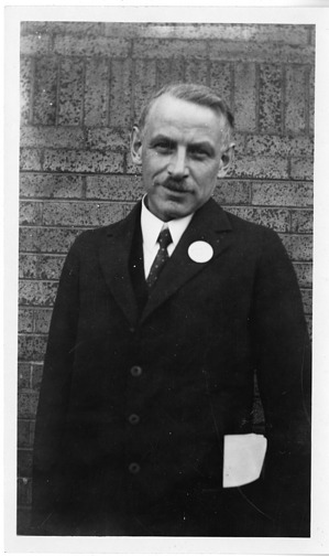Walter Ray Bloor (1877-1966), Smithsonian Institution Archives, SIA Acc. 90-105 [SIA2007-0286].