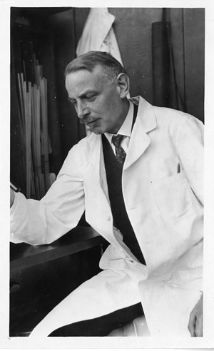 Walter Ray Bloor (1877-1966), Smithsonian Institution Archives, SIA Acc. 90-105 [SIA2007-0287].