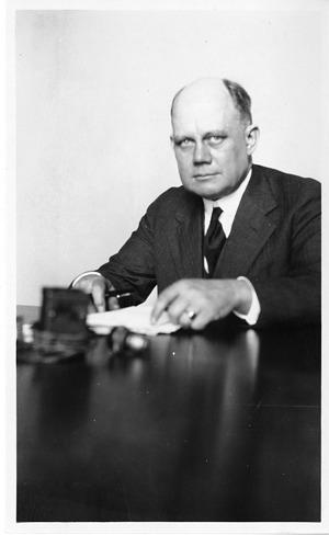 Paul Brockett (1872-1946), Smithsonian Institution Archives, SIA Acc. 90-105 [SIA2008-0040].