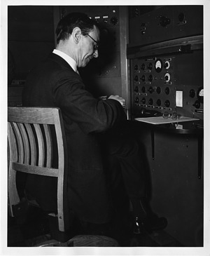 Sir James Chadwick (1891-1974), Smithsonian Institution Archives, SIA Acc. 90-105 [SIA2008-0173].